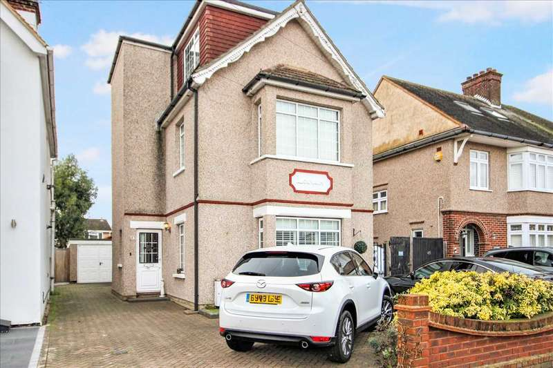 5 Bedrooms Detached House for sale in Victoria Avenue