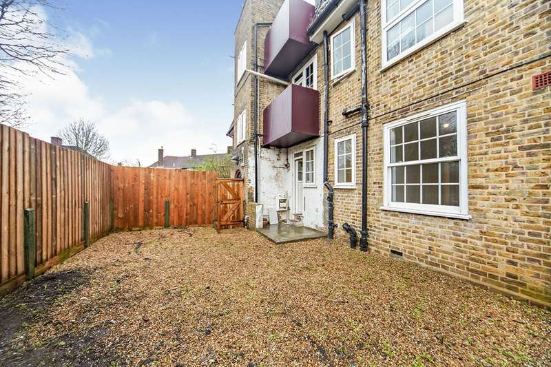 2 Bedrooms Apartment Flat for sale in Gilton Road, London, SE6