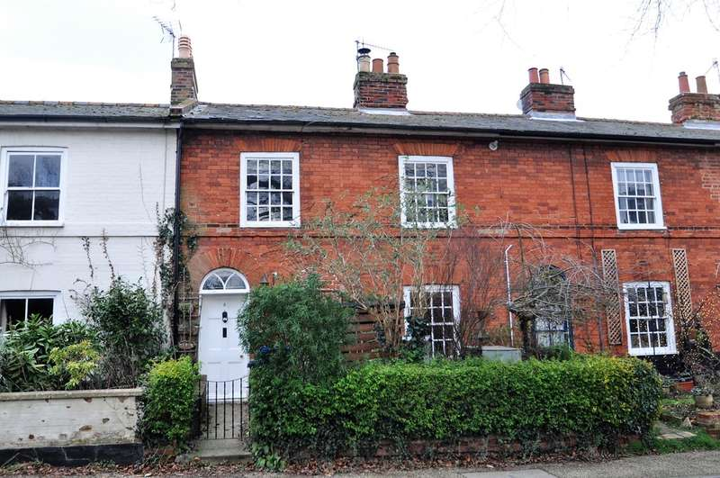 3 Bedrooms Cottage House for sale in Station Road, Halesworth