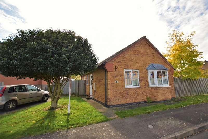2 Bedrooms Detached Bungalow for rent in Dunlin Road, Essendine, Stamford