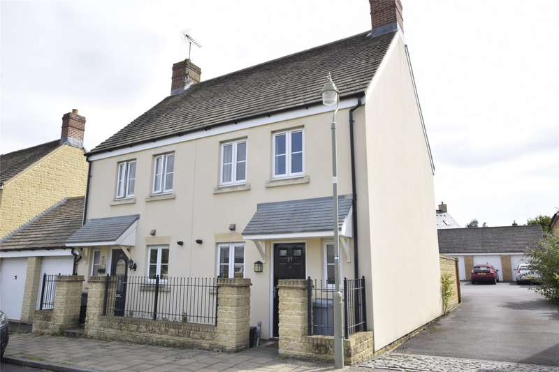 2 Bedrooms Semi Detached House for rent in Waterford Road, WITNEY, Oxfordshire, OX28