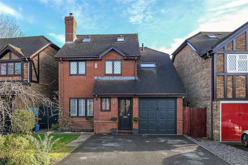4 Bedrooms Detached House for sale in Halls Farm Close, Winchester, Winchester, Hampshire, SO22