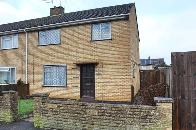 3 Bedrooms Town House for sale in Falmouth Drive, Wigston, Leicester