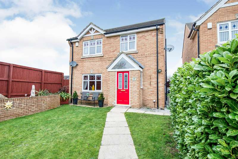 4 Bedrooms Detached House for sale in Merefield Way, Glasshoughton, Castleford, West Yorkshire, WF10