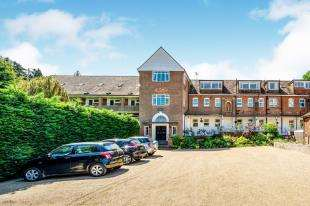 1 Bedroom Flat for sale in Southover Place, Spring Lane, Burwash, Etchingham