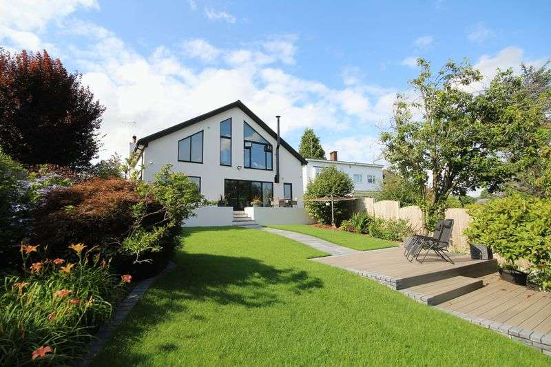 4 Bedrooms Property for sale in ETON CLOSE, Bamford, Rochdale OL11 4DT