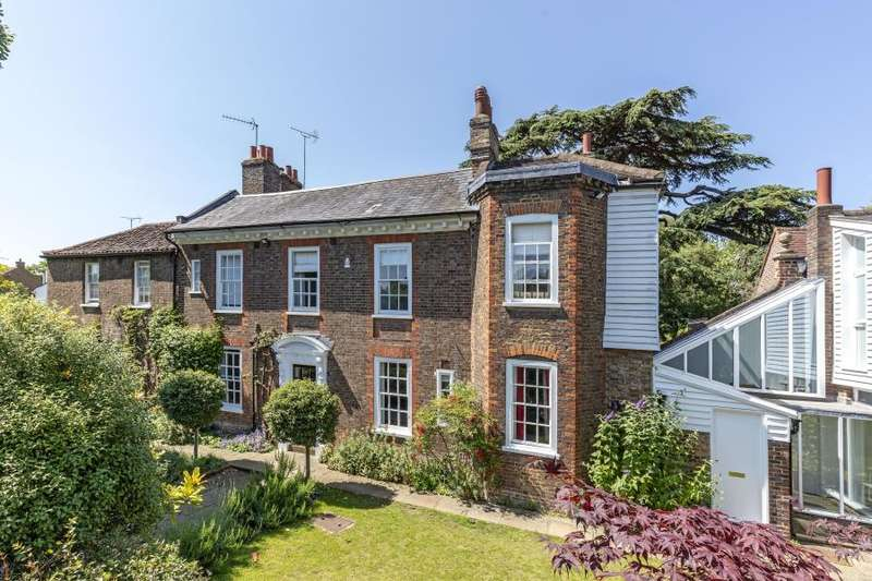 5 Bedrooms Semi Detached House for sale in Sudbrook Lane, Richmond