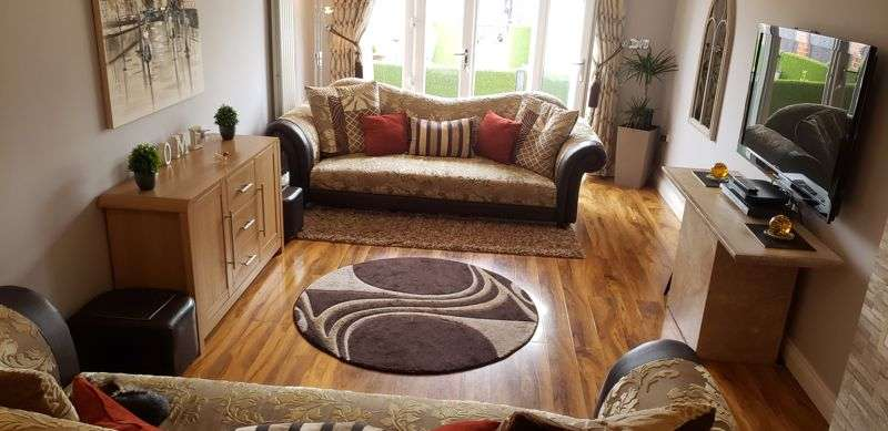 6 Bedrooms Property for sale in 6 Bedroom House, Currently Successful B&B