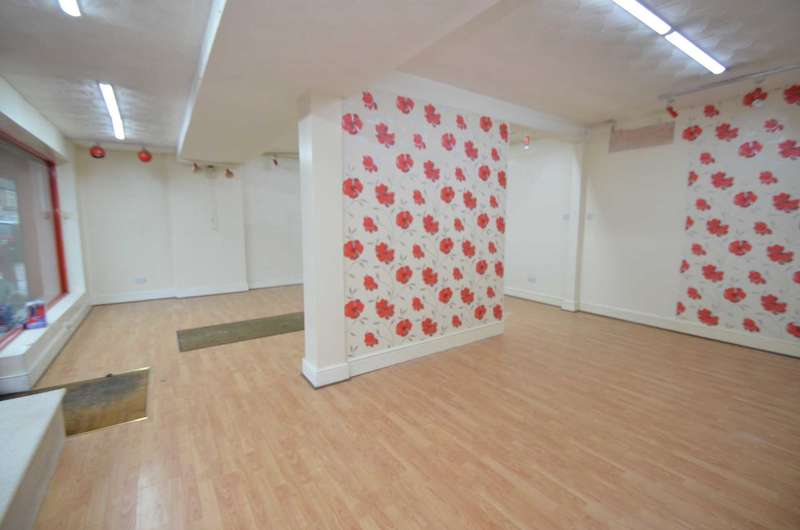Commercial Property for rent in Iddesleigh Road, Bedford