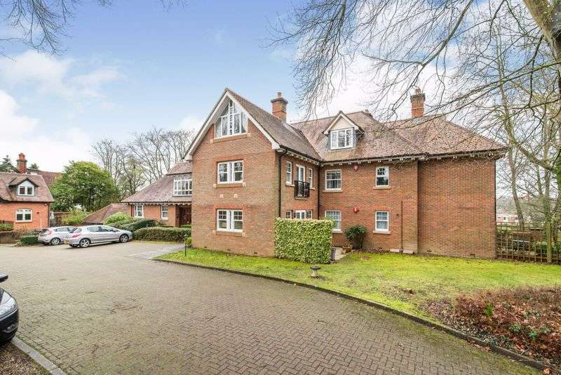 3 Bedrooms Property for sale in Bereweeke Road, Winchester S022