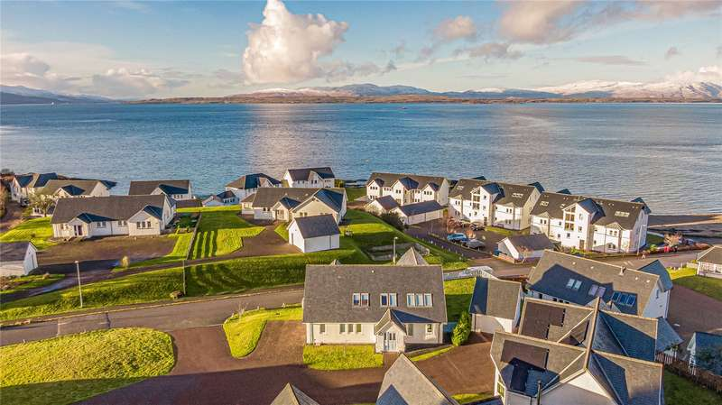 House for sale in 15 Ganavan Sands, Oban, Argyll, PA34