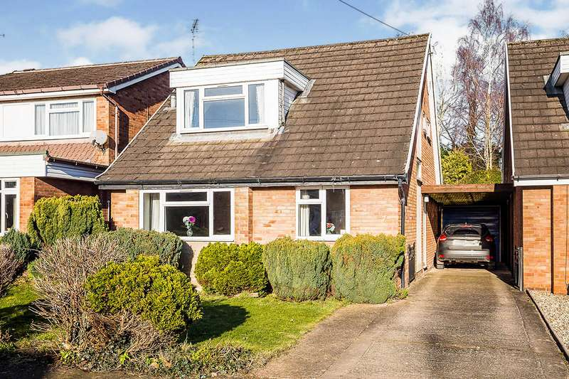 3 Bedrooms Detached House for sale in Windsor Road, Oswestry, Shropshire, SY11