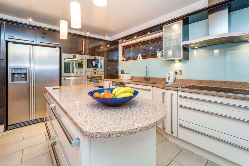 4 Bedrooms Detached House for sale in Freshfield Road, Liverpool, Merseyside, L37