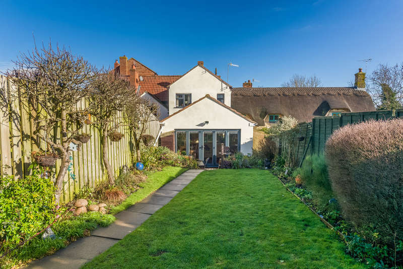 2 Bedrooms Cottage House for sale in Cleeve Road, Marcliff, Bidford On Avon