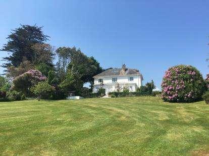 5 Bedrooms Detached House for sale in Llanbedrog, Gwynedd, LL53