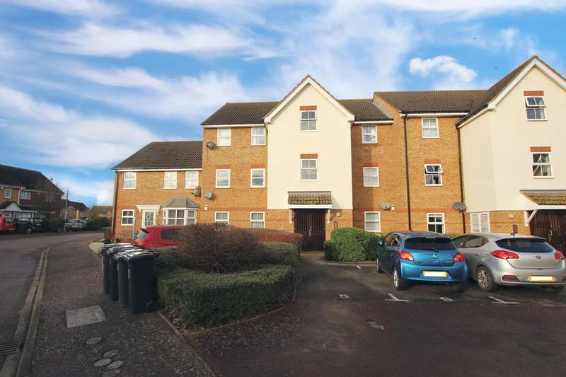 2 Bedrooms Apartment Flat for sale in Honeysuckle Close, Biggleswade, SG18