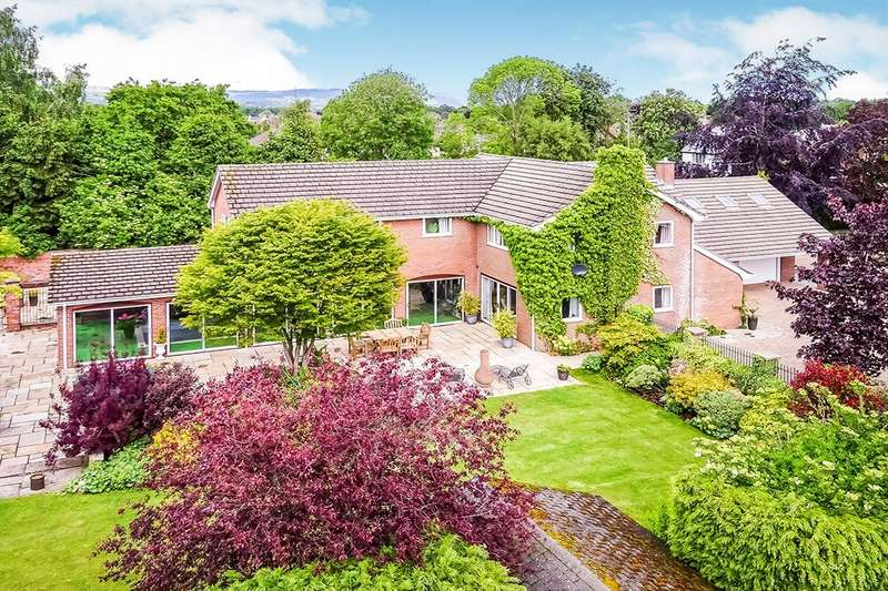 5 Bedrooms Detached House for sale in Whittington Road, Gobowen, Oswestry, Shropshire, SY11
