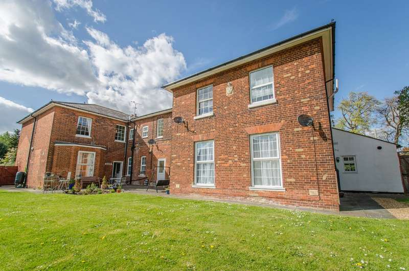 1 Bedroom Apartment Flat for sale in Arlesey House, Church End, Arlesey, Bedfordshire, SG15