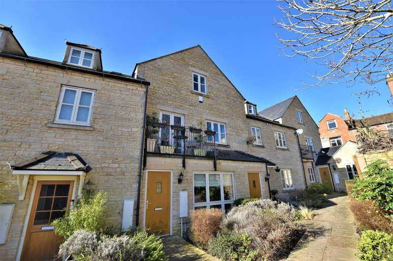 2 Bedrooms Maisonette Flat for sale in Pauleys Court, Stamford