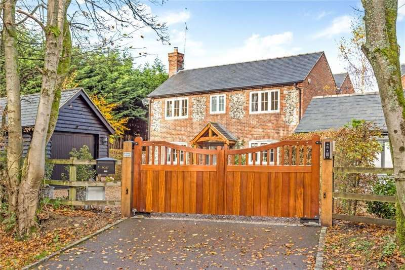 5 Bedrooms Detached House for sale in Taylors Lane, St Leonards, Tring