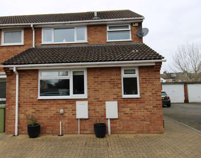 3 Bedrooms Terraced House for sale in COWPER STREET, OLNEY