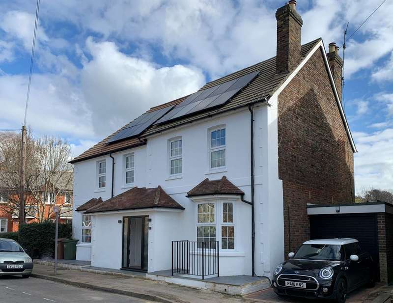 5 Bedrooms Detached House for sale in Victoria Road, Guildford, GU1