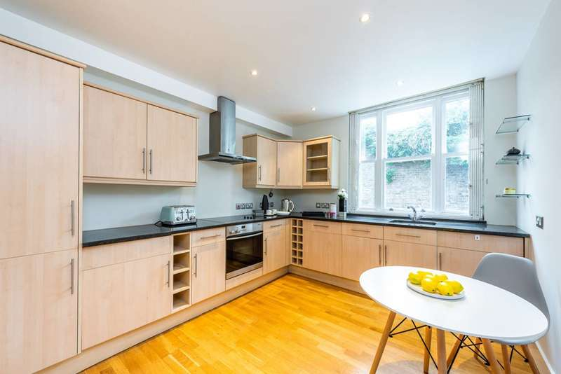 3 Bedrooms Mews House for sale in Adrian Mews, Chelsea, SW10