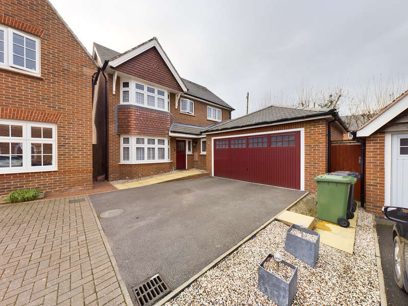 4 Bedrooms Detached House for sale in Conference Way, Stourport-on-Severn