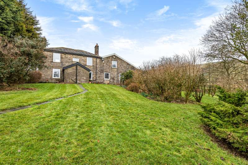 4 Bedrooms Detached House for sale in Eagley Bank LANCASHIRE