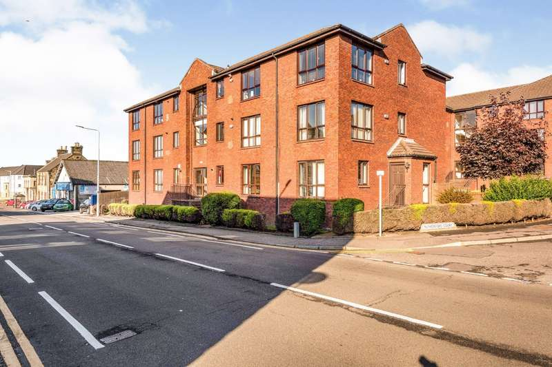 3 Bedrooms Apartment Flat for sale in Rutherford Court, Kirkcaldy, Fife, KY1