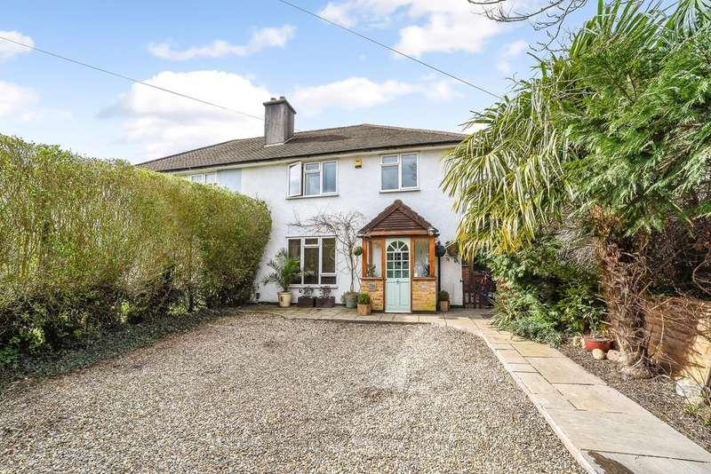 3 Bedrooms Semi Detached House for sale in Uxbridge Road, Hampton Hill