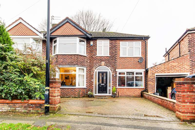 4 Bedrooms Semi Detached House for sale in Salisbury Road, Davyhulme, Manchester, M41