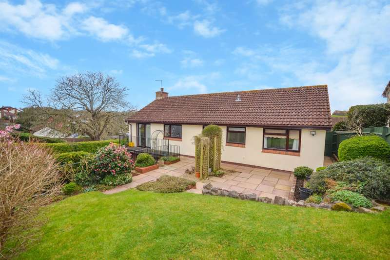 3 Bedrooms Bungalow for sale in Parkland Drive, Exeter, EX2 5RX