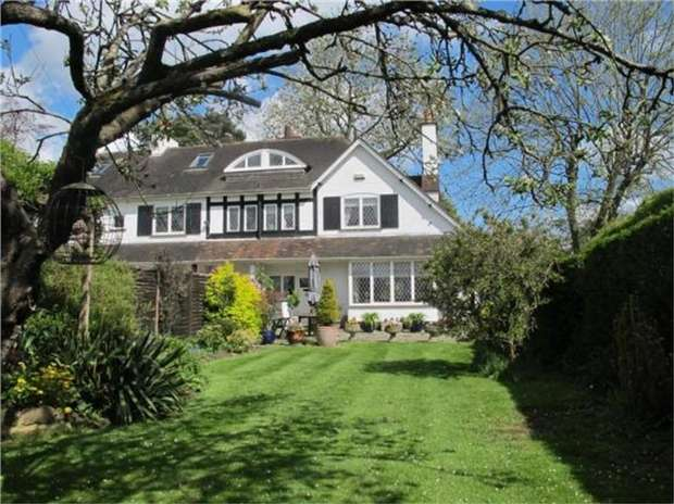 3 Bedrooms Semi Detached House for sale in Fir Cottage, Church Road,, Brasted, Kent