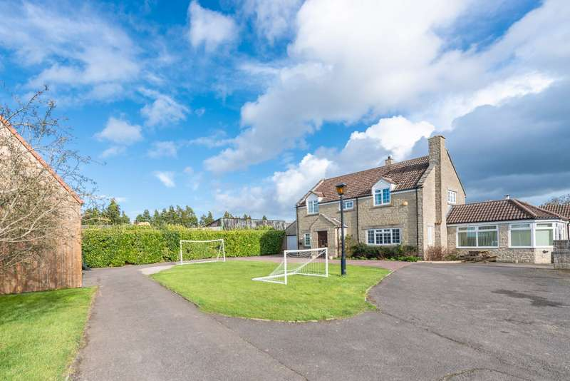 5 Bedrooms Detached House for sale in Yeovilton, Yeovil, Somerset, BA22