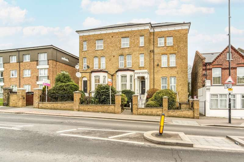 3 Bedrooms Apartment Flat for sale in Portland Road, London, SE25