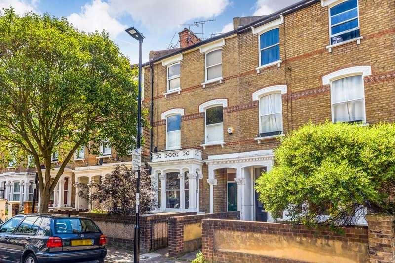 2 Bedrooms Flat for sale in Ambler Road, London, N4