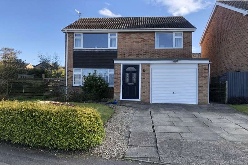 4 Bedrooms Detached House for sale in Staindale, Guisborough, TS14