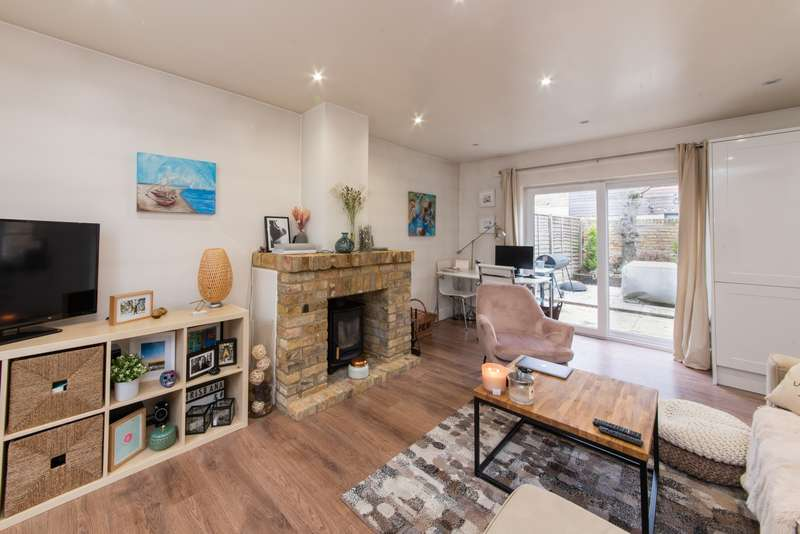 2 Bedrooms House for sale in Archway Road, Highgate, N6