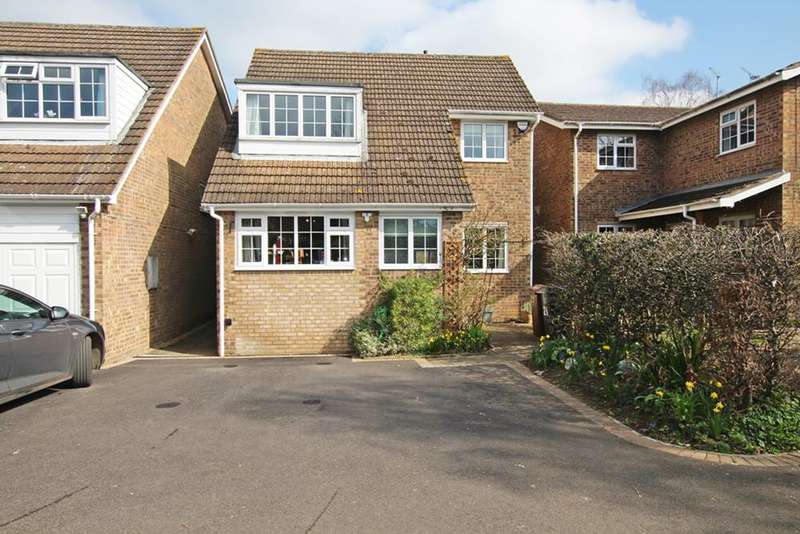 4 Bedrooms Detached House for sale in Henrietta Road, THAME, OX9