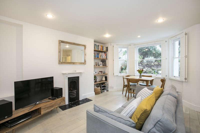 2 Bedrooms Flat for sale in Spenser Road, Herne Hill