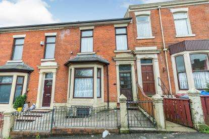 5 Bedrooms Terraced House for sale in Montague Street, Blackburn, Lancashire, ., BB2