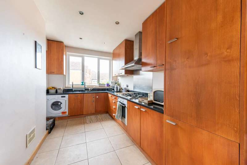 2 Bedrooms Flat for rent in Prebend Gardens, Stamford Brook, W6