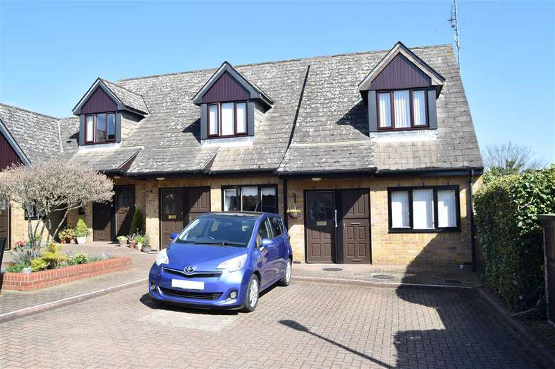 2 Bedrooms Retirement Property for sale in Gladstone Court, Mildmay Road, Chelmsford