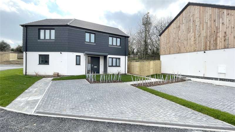 3 Bedrooms House for sale in Windmill Park, Launceston, PL15