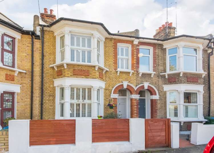 5 Bedrooms Terraced House for sale in Kemsing Road London SE10