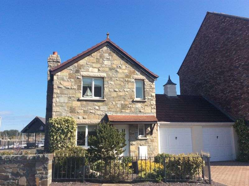 4 Bedrooms Property for sale in Mulberry Close, Conwy