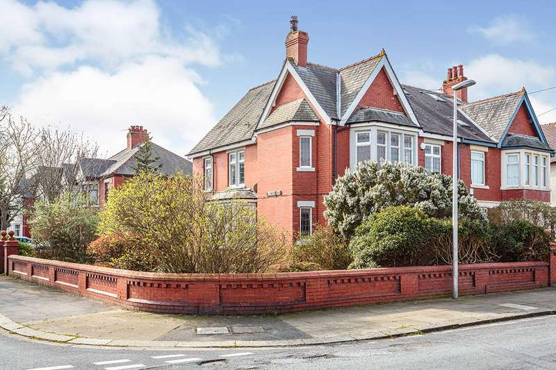 4 Bedrooms Semi Detached House for sale in Windermere Road, Blackpool, Lancashire, FY4