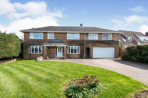 5 Bedrooms Detached House for sale in North Waltham, Basingstoke, Hampshire