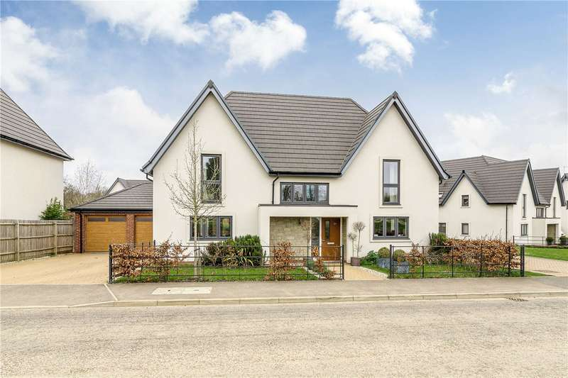 5 Bedrooms Detached House for sale in Abbottsbury Drive, Daventry, Northants, NN11